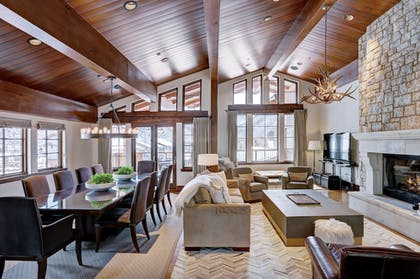 Living Area | The Lodge at Vail, A RockResort
