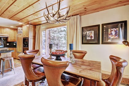 In-Room Dining | The Lodge at Vail, A RockResort
