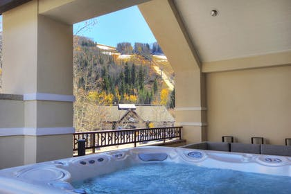 Jetted Tub | The Lodge at Vail, A RockResort