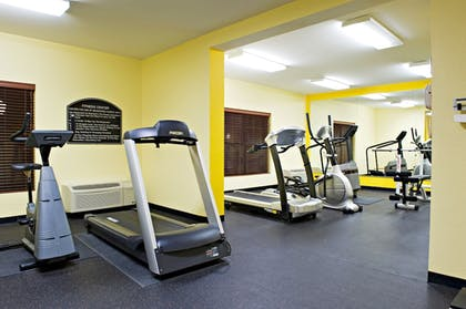 Gym   Holiday Inn Express & Suites Irving Dfw Airport North