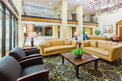 Lobby   Holiday Inn Express & Suites Irving Dfw Airport North