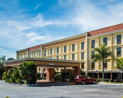 Featured Image | Comfort Inn & Suites Clearwater Pinellas Park
