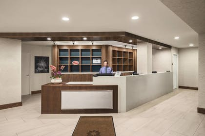 Lobby | Four Points by Sheraton Anaheim