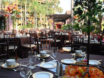 Outdoor Banquet Area | Four Points by Sheraton Anaheim