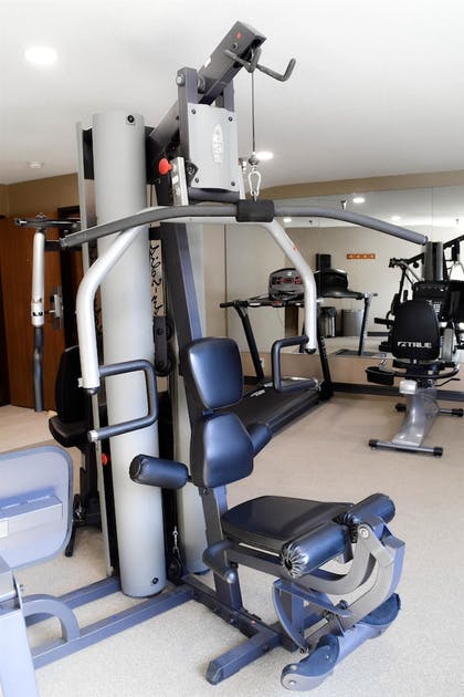 Fitness Facility | Best Western Airport Inn