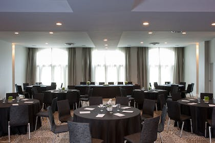 Meeting Facility | Marseilles Hotel