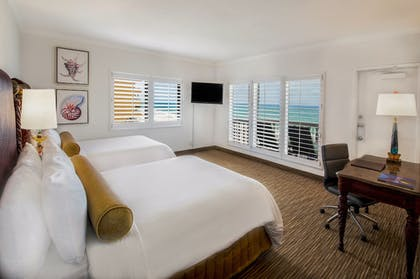 Guestroom | Beachcomber Resort & Villas