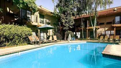 Pool | Best Western Plus Sonora Oaks Hotel & Conference Center