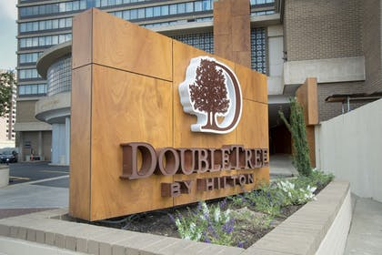 Front of Property | DoubleTree by Hilton Hotel Washington DC - Crystal City