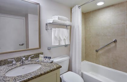 Bathroom | DoubleTree by Hilton Hotel Washington DC - Crystal City