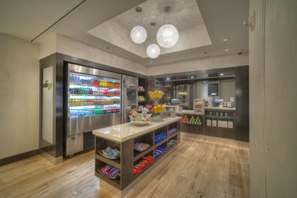 Food and Drink | DoubleTree by Hilton Hotel Washington DC - Crystal City