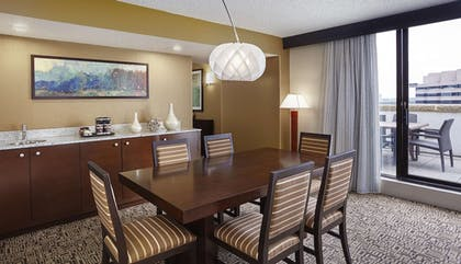 Private Kitchen | DoubleTree by Hilton Hotel Washington DC - Crystal City