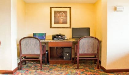 Business Center | The View Inn & Suites