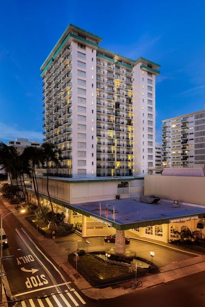 Featured Image | Waikiki Resort Hotel