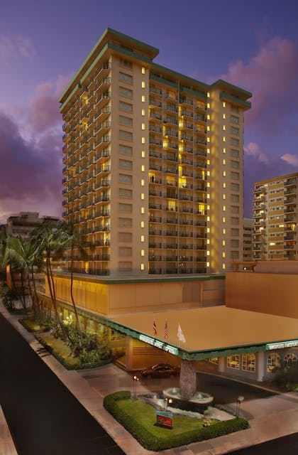 Hotel Front - Evening/Night | Waikiki Resort Hotel
