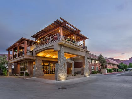 Hotel Front | Best Western Plus Canyonlands Inn