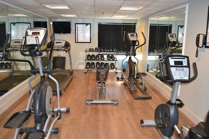 Fitness Facility | Holiday Inn Express Harrisburg SW - Mechanicsburg