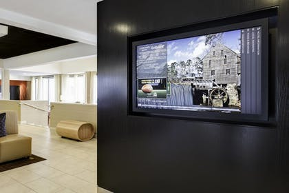 Lobby Sitting Area | Courtyard by Marriott Raleigh/Cary