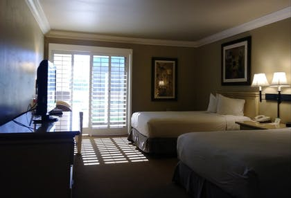 Guestroom | Indian Wells Resort Hotel
