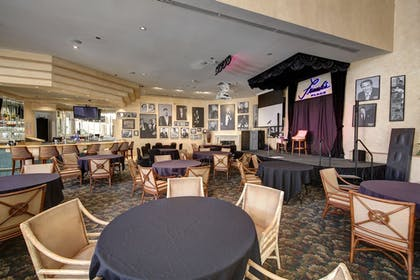 Hotel Lounge | Indian Wells Resort Hotel