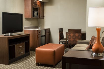 | Junior Suite, 1 King Bed, Non Smoking | Holiday Inn Hotel & Suites Des Moines - Northwest