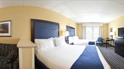 Guestroom | Holiday Inn Express Hotel & Suites Wilmington-Newark