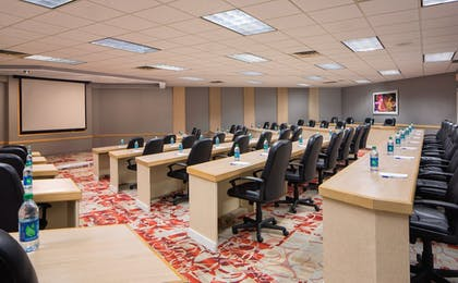 Meeting Facility | Holiday Inn Express Nashville Downtown Conf Ctr