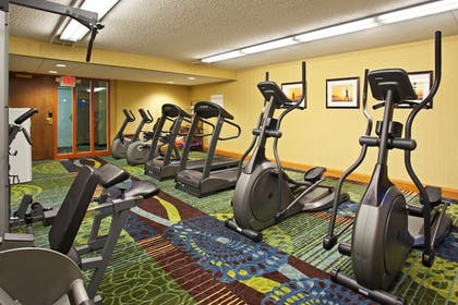Fitness Facility | Holiday Inn Express Hotel & Suites Pittsburgh Airport