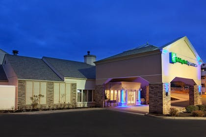 Featured Image | Holiday Inn Express Hotel & Suites Pittsburgh Airport