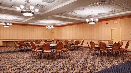 Meeting Facility   Baymont by Wyndham Manitowoc Lakefront
