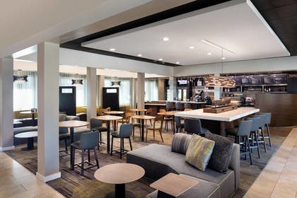 Hotel Bar | Courtyard by Marriott San Diego Sorrento Valley