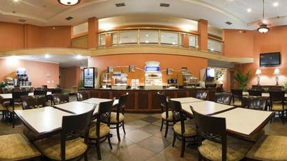 Breakfast Area | Holiday Inn Express Clearwater East - Icot Center
