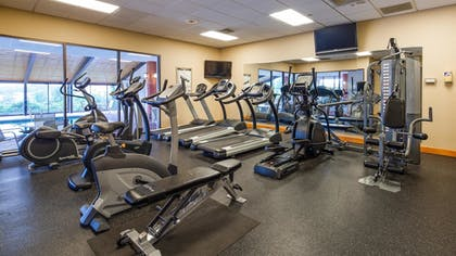 Fitness Facility | Best Western Royal Plaza Hotel & Trade Center