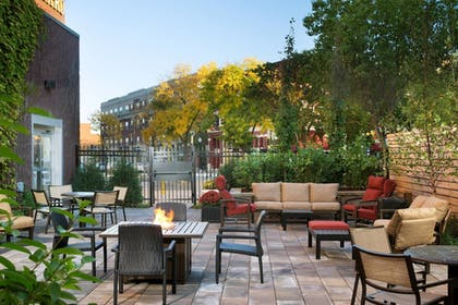 Exterior | Courtyard by Marriott Minneapolis Downtown