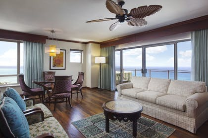 | 3 Bedroom Penthouse 2 King & 2 Doubles Suite with Sofabed | Grand Waikikian by Hilton Grand Vacations