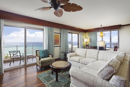 | 2 Bedroom Penthouse 2 King Suite & Sofabed | Grand Waikikian by Hilton Grand Vacations