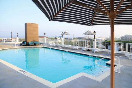 Rooftop Pool | DoubleTree by Hilton Ocean City Oceanfront