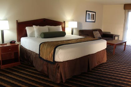 Guestroom | Best Western New Oregon Motel