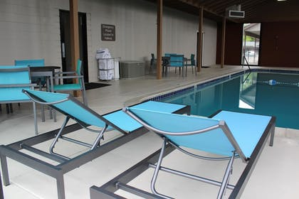 Pool | Best Western New Oregon Motel