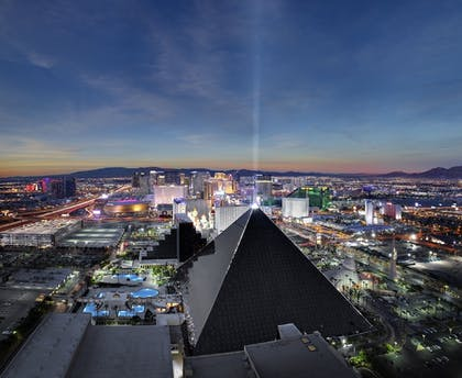 Featured Image | Luxor Hotel & Casino