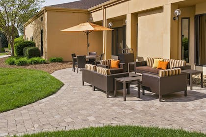 Terrace/Patio   Courtyard by Marriott Charlotte University Research Park