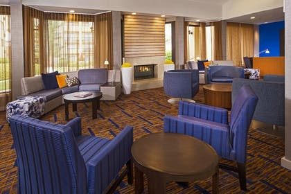 Lobby   Courtyard by Marriott Charlotte University Research Park