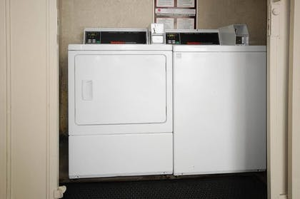 Laundry Room | Best Western Airpark Hotel