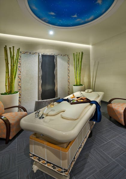 Spa Treatment | Atlantis Casino Resort Spa