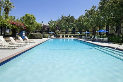 Sports Facility   Four Points by Sheraton Bakersfield