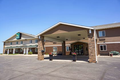Featured Image   Quality Inn & Suites Watertown