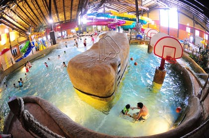 Property Amenity | Red Jacket Mountain View and Indoor Water Park