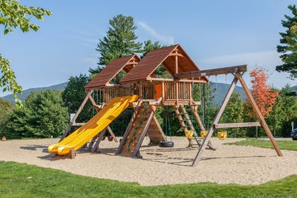 Childrens Play Area - Outdoor | Red Jacket Mountain View and Indoor Water Park