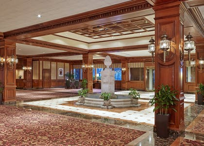 Lobby | Sheraton Music City Hotel