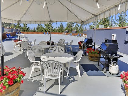 BBQ/Picnic Area | Tahoe Seasons Resort, a VRI resort